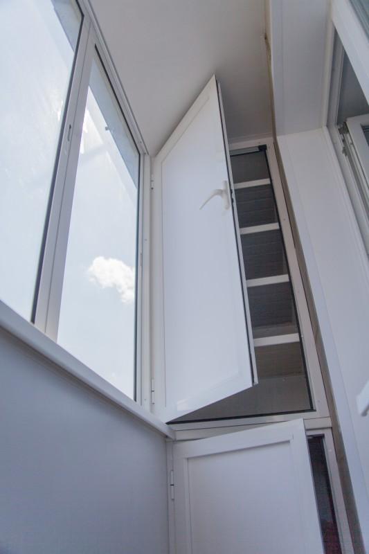 Внешняя и внутренняя отделку балконов и лоджий.